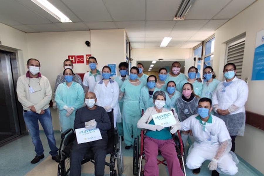 Maxx-Saude-brasil-registra-733-mil-pessoas-recuperadas-da-covid-19-mais-da-metade-do-total-de-casos